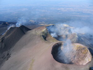 Etna Crateri sommitali dall'alto novembre 2006